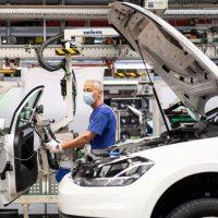 الاستثمار فى منطقة اليورو ؛ الاتحاد الأوروبى ؛ الصناعة الأوروبية ؛ السيارات