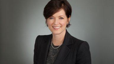 مارجريت فرانكلين ؛ معهد المحللين الماليين المعتمدين