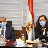هالة السعيد وزيرة التخطيط و محمود شعراوى وزير التنمية المحلية