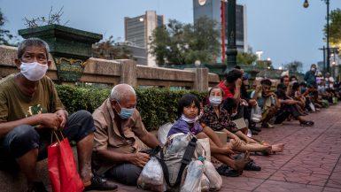 الفقر فى دول شرق آسيا