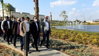 رئيس الوزراء: تطوير سور مجرى العيون وبحيرة عين الصيرة ضمن خطة إعادة الوجه الحضارى للقاهرة التراثية