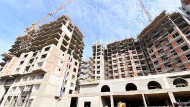 """""""الإسكان"""" تطالب شركات المقاولات بزيادة معدلات تنفيذ """"أبراج ماسبيرو"""""""